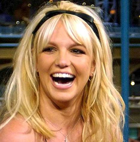 Britney Spearsin monenkirjavat tempaukset ovat saaneet lääkäritkin innostumaan liikaa.