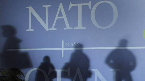 Kokoomus kannattaa Suomen Nato-jäsenyyttä.