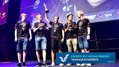 ENCE on Counter-Striken uusi Suomen mestari! ENCE on voittanut SM-kultaa myös vuonna 2016.