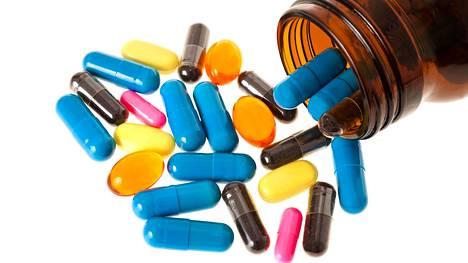 Lääkkeiden käyttöohjeisiin pitää aina tutustua tarkoin.