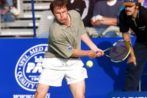 Tenniksen ATP-maailmanlistalla Veli Paloheimo oli vuonna 1990 peräti sijalla 48.