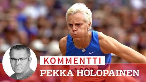 Tiia Hautala 100 metrin aidoissa Sydneyn olympialaisten 7-ottelussa syyskuussa 2000. Nykyään hän kilpailee veteraanikisoissa.