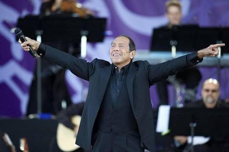 Paul Anka esiintyi Pori Jazzeilla vuonna 2012.
