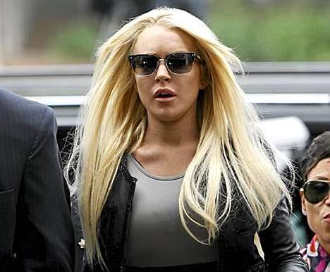 Lindsay Lohan aloitti eilen vankeustuomionsa kärsimisen.