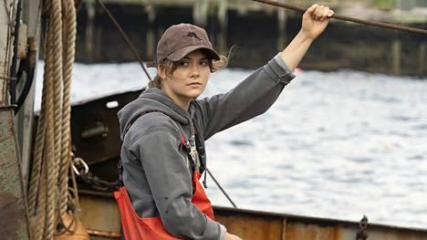 Emilia Jones näyttelee Coda-elokuvassa ristiriitojen repimää teinityttöä.