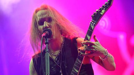 Alexi Laiho tunnetaan Children of Bodomin keulamiehenä.