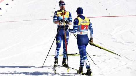 Joni Mäki ja Ristomatti Hakola tekivät sunnuntaina kovan hiihtotempun.