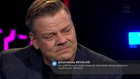 Jari Sillanpää vieraili torstai-iltana vieraaksi Enbuske, Veitola & Salminen -ohjelmassa. Sillanpää kertoi olevansa narkomaani. Hän purskahti rankassa lähetyksessä lopulta itkuun.