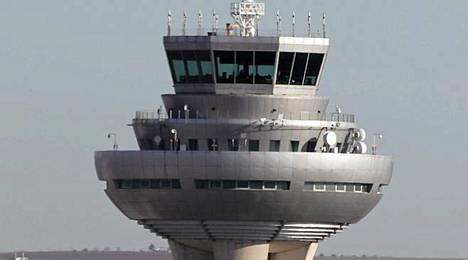 Espanjassa varaudutaan ongelmiin lennonjohdossa.