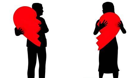 Omia tunteita kannattaa pohtia ja keskustella niistä kumppaninkin kanssa.