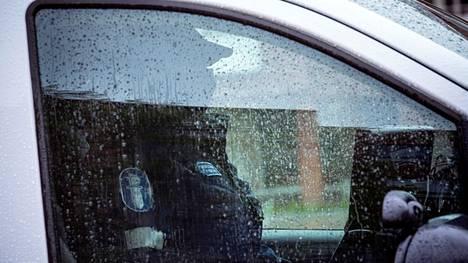 Poliisin käynnissä oleva tehovalvontakampanja kohdistuu raskaaseen liikenteeseen. Kuvituskuva.