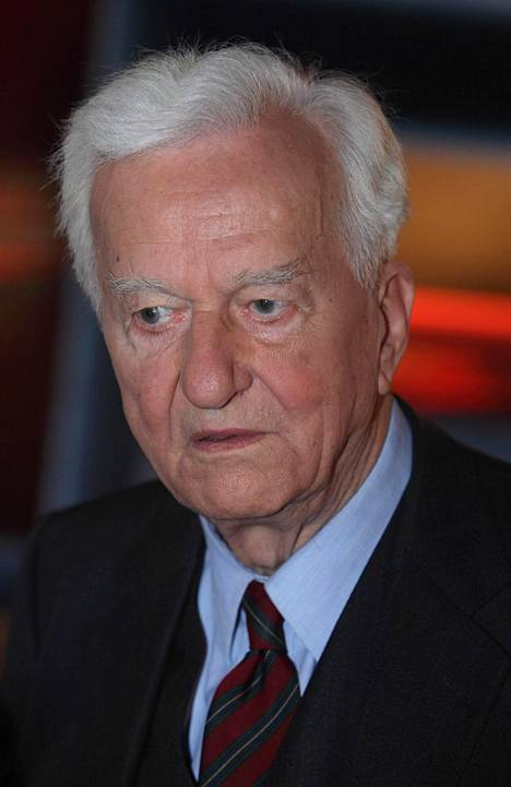 Presidentti Richard von Weizsäcker kuoli vuonna 2015.