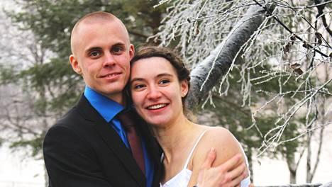 Jere ja Stella avioituivat Rovaniemellä.