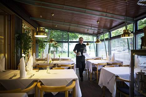 Ravintola Lehtovaara Töölössä juhli 100-vuotispäiväänsä vuonna 2016. Se perustettiin Viipurissa vuonna 1916 ja ravintola muutti sodan vuoksi Helsinkiin vuonna 1940.