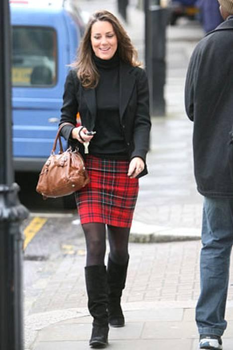 7. Prinssi Williamin tyttöystävä Kate Middleton ylsi listalle perinteisellä tyylillään.