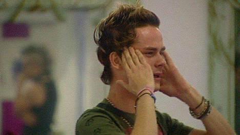Niko Saarisen BB-vierailusta ei draamaa puuttunut. Syntymäpäiväjuhlissaan hän kuitenkin romahti täysin ja itki päiväkirjahuoneessa.