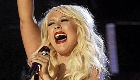 Christina Aguileran esitys ei mennyt tälläkään kertaa putkeen.