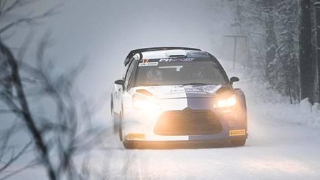 Valtteri Bottas aloitti Arctic Lapland Rallyn hyvin.