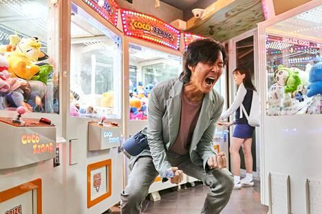 Gi-hun (Lee Jung-jae) on Squid Game -sarjassa rahaton ja epätoivoinen.