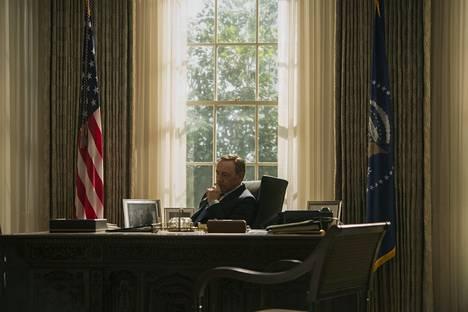 House of Cards -draamasarjan päähenkilö Frank Underwood (Kevin Spacey) on nyt Valkoisen talon isäntä – mutta kuinka kauan?