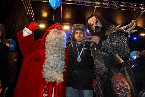 RoPSin viime kausi päättyi ennennäkemättömiin mitalijuhliin. Maalikuningas Aleksandr Kokko villitsi kansaa yhdessä joulupukin ja Lordin kanssa.