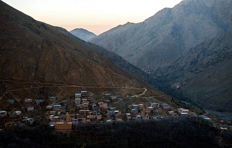 Naiset löydettiin maanantaina kuolleina vuoristoisesta maastosta läheltä Imilin kylää.