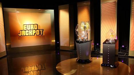 Eurojackpotin kierroksella 33/2020 ei tullut täysosumia.