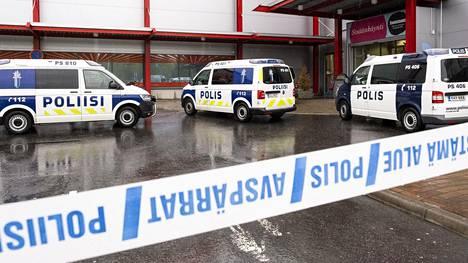 Kuopion kouluhyökkäyksessä 1.10.2019 kuoli 23-vuotias, Ukrainasta kotoisin ollut nainen, joka asui Suomessa.