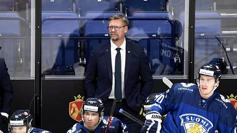 Päävalmentaja Jukka Jalonen johtaa joukkoja Moskovassa.