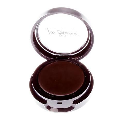 Joe Blascon Ultamatte-väri on tarkoitettu rajauksiin, luomiväriksi tai kulmille, 39,50 €, mm. Sokos.