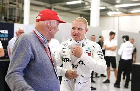 Niki Lauda ja Valtteri Bottas.