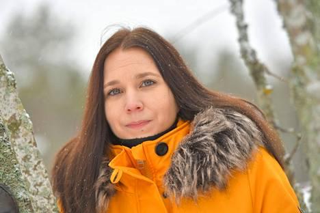 Sari Lasola ja hänen miehensä Toni Lasola eivät onnistuneet saamaan yhteistä lasta hedelmöityshoidoista huolimatta.