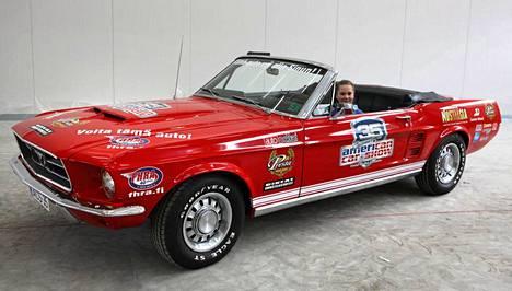 Ford Mustang Convertible vuodelta 1967.