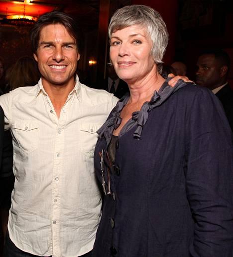 Valkokankaan rakastettu kaksikko, Tom Cruise ja Kelly McGillis.