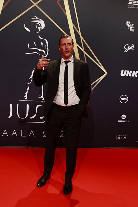 Pekka Strang esiintyi vuonna 2019 Koirat eivät käytä housuja -elokuvassa.