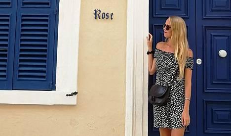 Juulia muutti Maltalle ja on tyytyväinen asuinpaikan valintaan. Suomalaisille riittää saarivaltiossa myös töitä muun muassa asiakaspalvelun parissa.