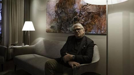 Kirjailija, poliitikko Lasse Lehtinen on matkustanut yli sadassa maassa. –Ruoat ovat merkinneet minulle aina enemmän kuin juomat, Lasse Lehtinen sanoo.