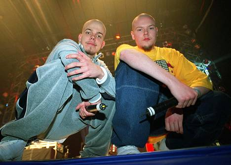Fintelligens eli Elastinen ja Iso H vuonna 2002.