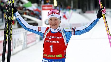Kaisa Mäkäräinen oli hurjassa iskussa Sloveniassa.