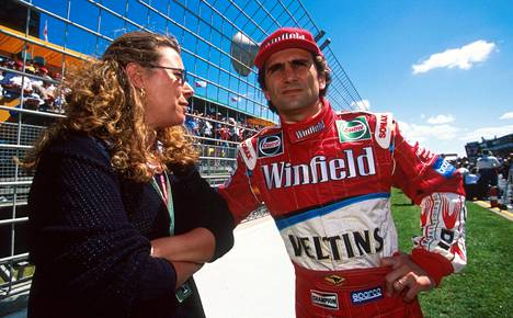 Alex Zanardi (oik.) ajoi kaudella 1999 F1-sarjaa Williams-tallissa.