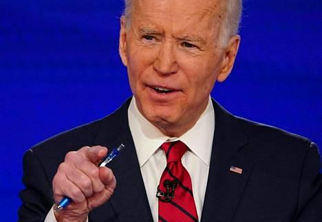 Joe Bidenin johto maanlaajuisissa mittauksissa on tällä hetkellä selkeä.