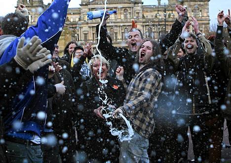 Glasgowssa nautittiin samppanjaa