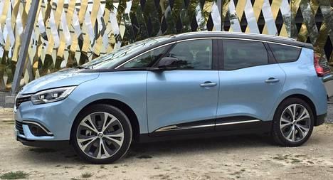 Renault tarjoilee Scenicistä tuttuun tapaan kahta pituutta, joista tässä seitsenpaikkainen Grand.