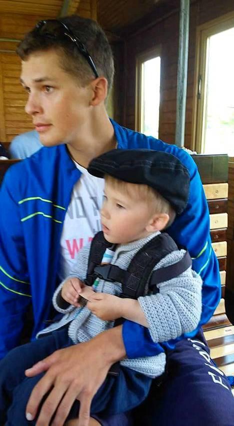 Aleksi Ojala asui ja harjoitteli 3,5 kuukautta Espanjan Torreviejassa.