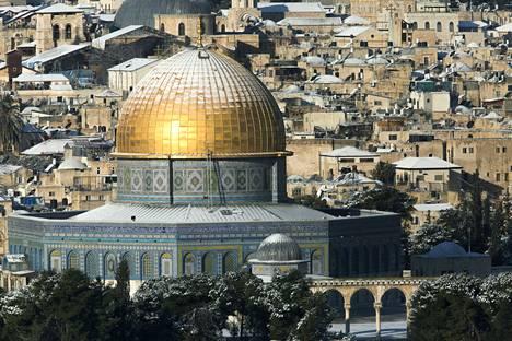 Kalliomoskeijan kullattu kupoli on yhä vieläkin Jerusalemin tunnetuimpia maamerkkejä.