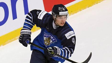 Ville Heinola korvaa Sami Nikun Jetsin ykköspakkiparissa.