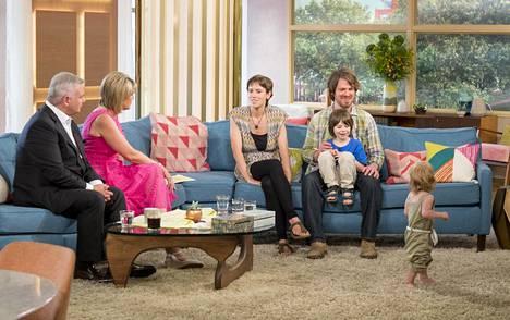 Allenien perhe esiintyi brittien aamu-tv:ssä 2016 ja kohu oli valmis.