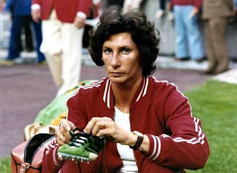 Szewinska uransa loppuvuosina 1977.