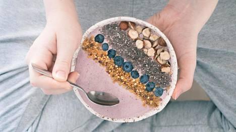 Suurimmalle osalle säännöllinen ateriarytmi tarkoittaa 4–5:tä ateriaa päivässä.