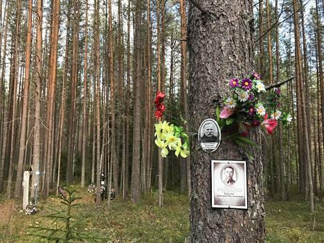 Josif Stalinin ajan vainojen teloituspaikka Sandarmohissa Venäjän Karjalassa syyskuussa 2018.